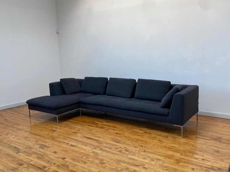 B&B Italia L- Shape Charles Sofa in Dark Gray Tweed Designed by Antonio Citterio In Good Condition For Sale In St. Louis, MO