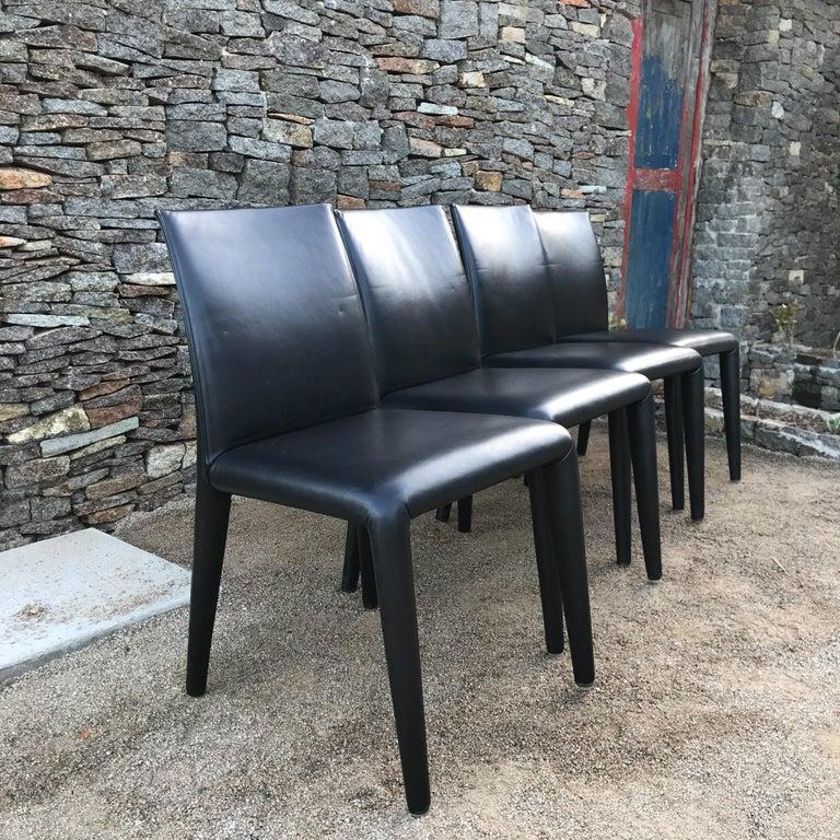 Italian B&B Italia Mario Bellini Thick Black Leather Modern Vol Au Vent Dining Chairs, 4 For Sale