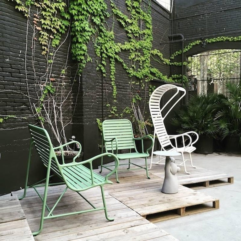 Powder-Coated BD Barcelona Gardenia Outdoor Bench by Jaime Hayon in Green, White or Grey For Sale