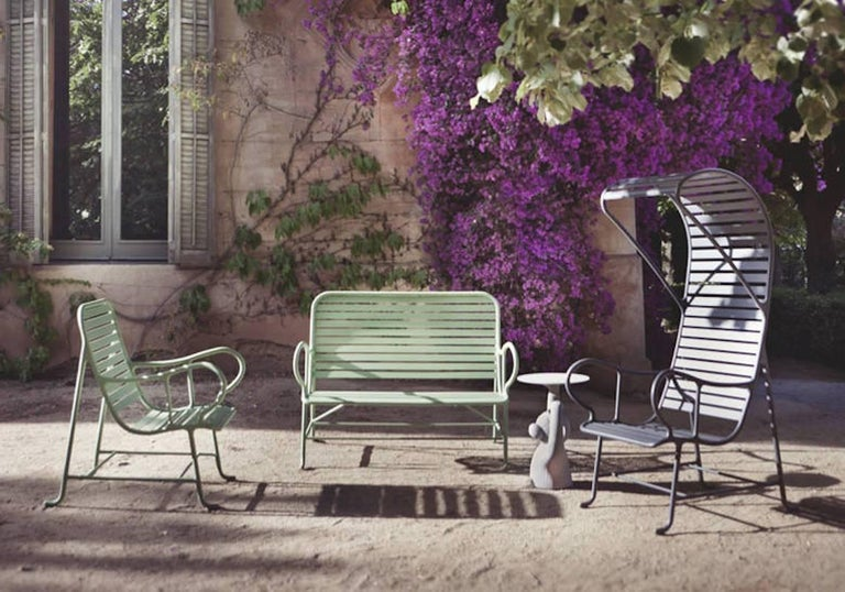 BD Barcelona Gardenia Outdoor Bench by Jaime Hayon in Green, White or Grey In New Condition For Sale In Rhinebeck, NY