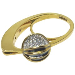 Be Ahead of the Curve with Contemporary One of a Kind White Diamond Gold Ring