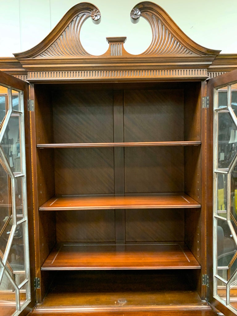 Beacon Hill Flame Mahogany Breakfront China Cabinet For Sale 8