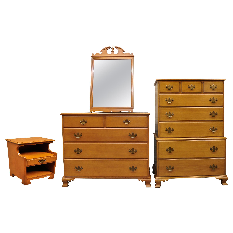 Beals Maine Rock Maple 4 Piece Bedroom Set Dresser Chest Mirror Nightstand At 1stdibs