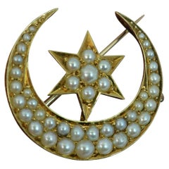 Beautiful 18 Carat Gold and Seed Pearl Crescent and Star Brooch