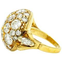 Beautiful 18 Karat Diamonds Round Ring