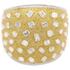 Beautiful 18 Karat Yellow Gold and Diamond Bangle