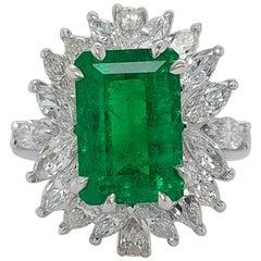 Beautiful 18kt Handmade White Gold Ring,3.36 Ct Colombia Emerald Minor&Diamonds.