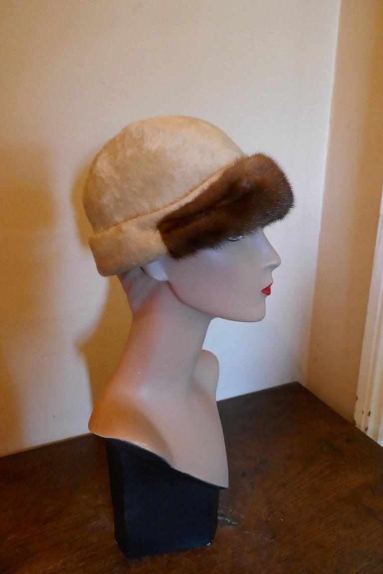 Beautiful 1920s Felt Fur Cloche Hat, trimmed with Mink by Panda 1