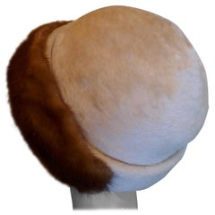Beautiful 1920s Felt Fur Cloche Hat, trimmed with Mink by Panda