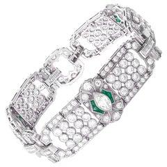 Beautiful 1920s Platinum Emerald and Diamonds Bracelet