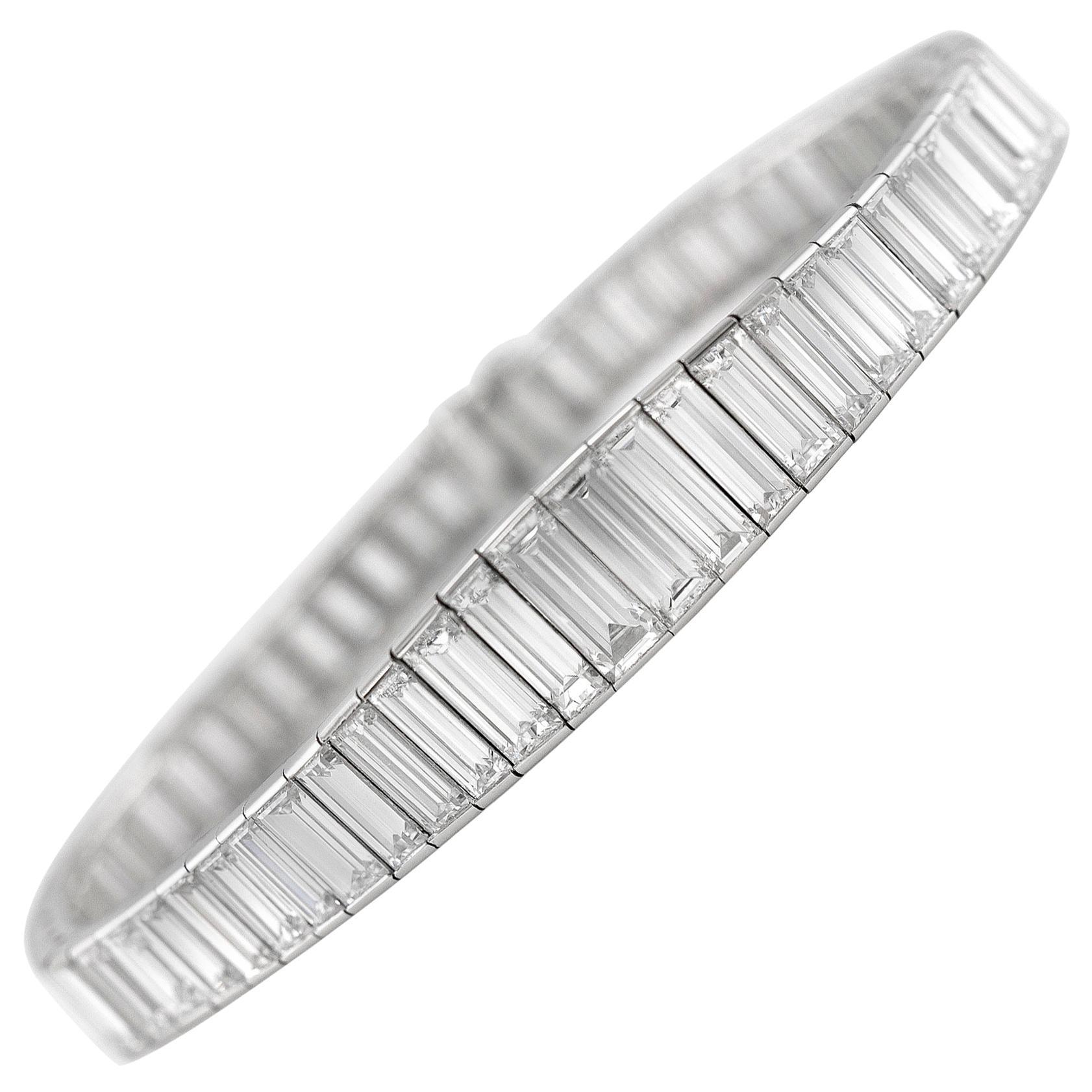 Beautiful 1930s Platinum Tennis Bracelet with Diamonds