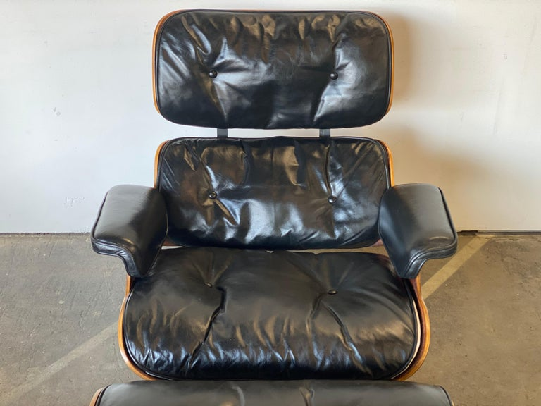 Beautiful 1960s Herman Miller Eames Lounge Chair and Ottoman 4