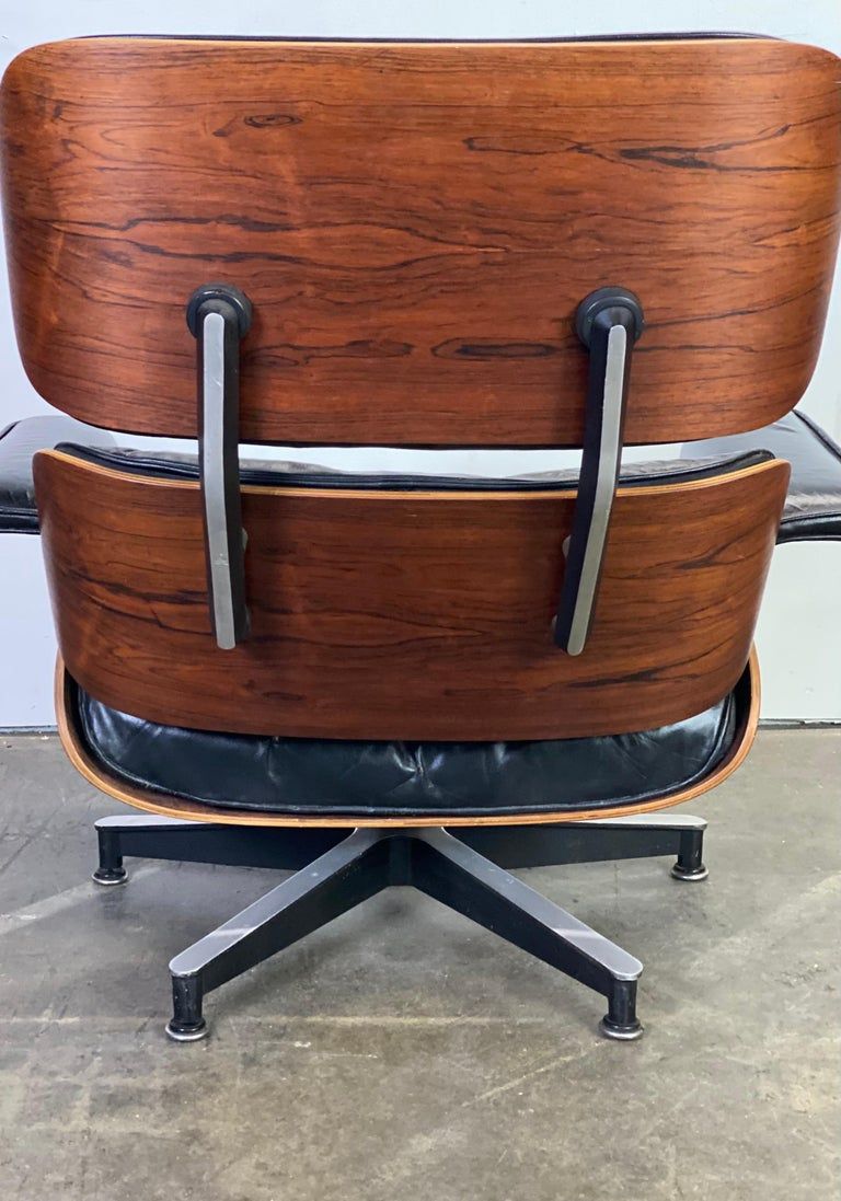 Beautiful 1960s Herman Miller Eames Lounge Chair and Ottoman 12