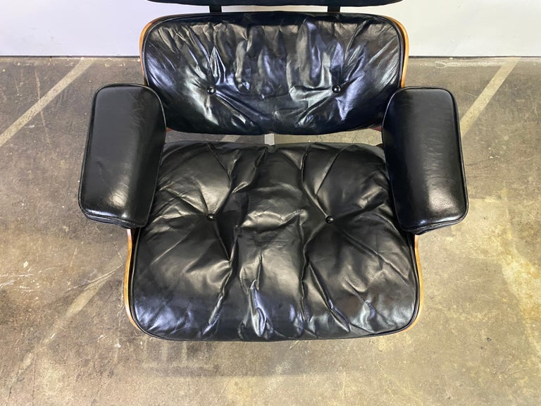Beautiful 1960s Herman Miller Eames Lounge Chair and Ottoman 16