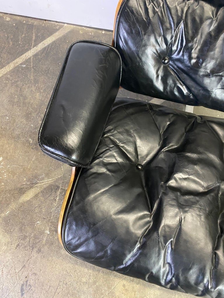 Beautiful 1960s Herman Miller Eames Lounge Chair and Ottoman 17