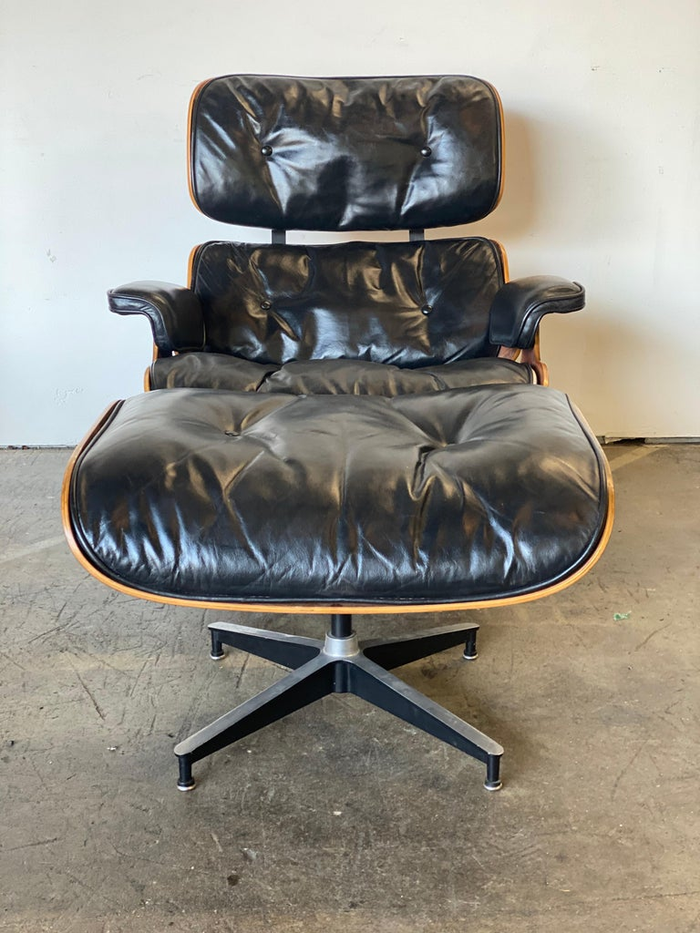 Beautiful 1960s Herman Miller Eames Lounge Chair and Ottoman 2