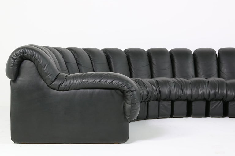 Beautiful 1980s Black De Sede DS 600 Lounge Leather Sofa in Full Leather Edition In Good Condition For Sale In Hamminkeln, DE