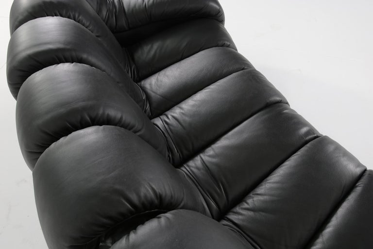 Beautiful 1980s Black De Sede DS 600 Lounge Leather Sofa in Full Leather Edition For Sale 3