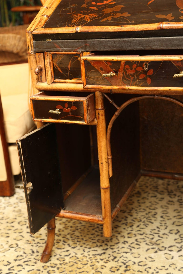 Beautiful 19th Century English Bamboo Ladies Knee-Hole Desk For Sale 1
