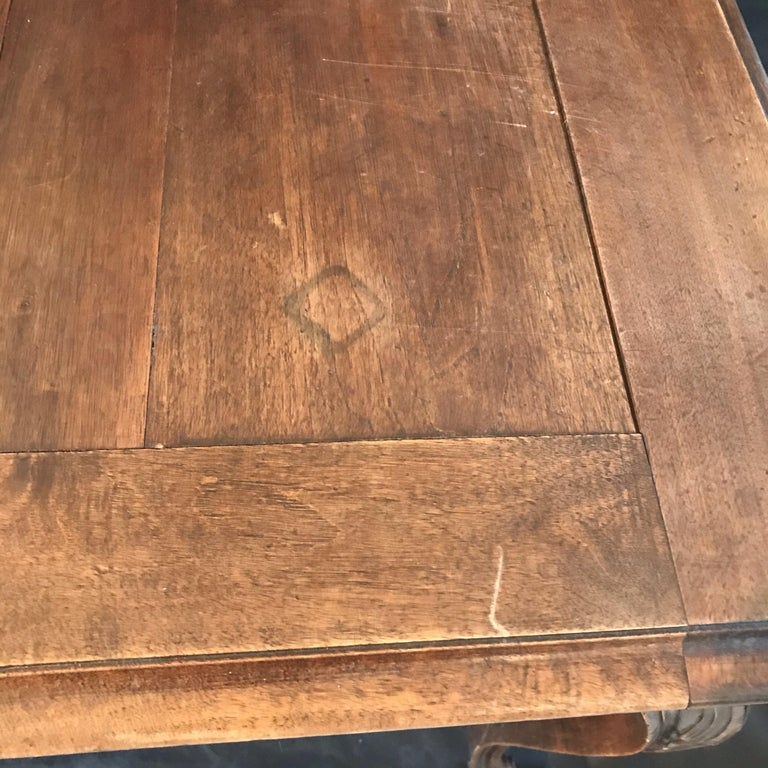 Early 20th Century Beautiful 19th Century Country French Louis XV Carved Walnut Dining Table For Sale