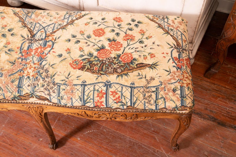English Beautiful 19th Century Walnut Bench with Original Needlepoint Cushion For Sale