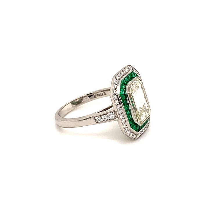 Stunning 2.84 Carat Emerald Cut Diamond Ring and Emerald Ring For Sale 1