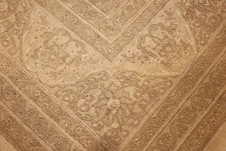 Beautiful Antique Indian Agra Carpet. Size: 12 ft x 13 ft 10 in In Good Condition For Sale In New York, NY