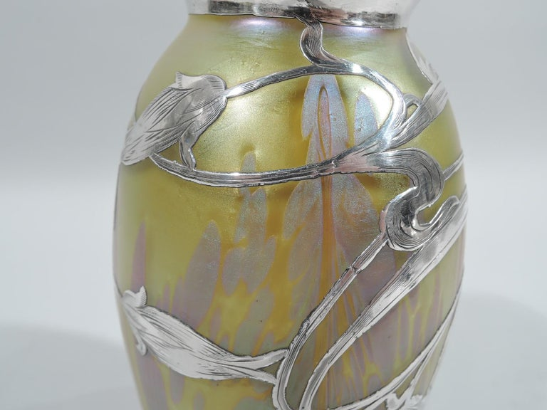 20th Century Beautiful Art Nouveau Loetz Medici Vase with Whiplash Silver Overlay For Sale