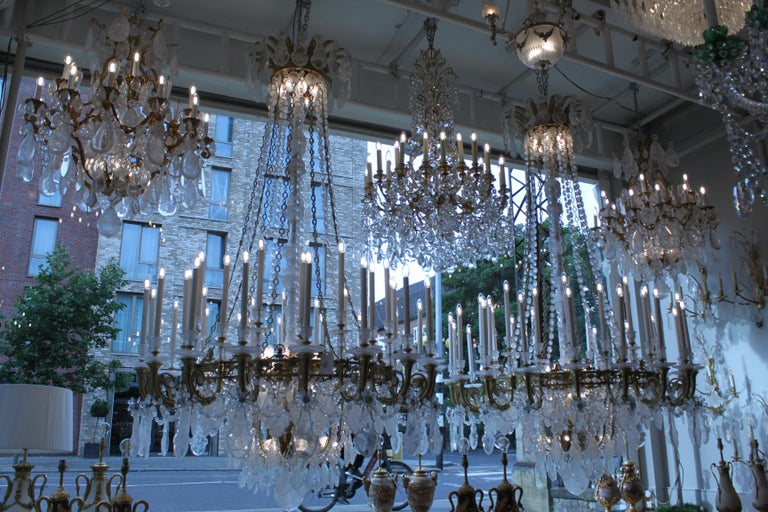 Beautiful Baccarat Crystal and Bronze Chandelier, circa 1850 For Sale 4