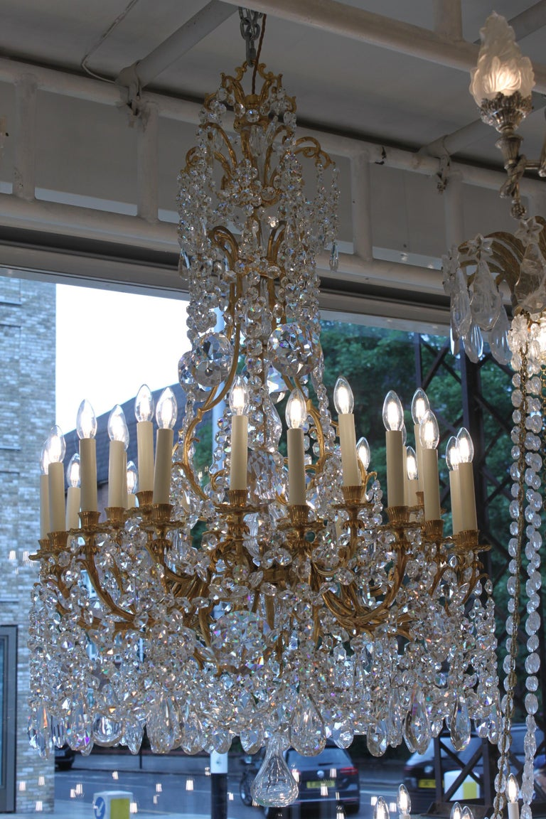 Gilt Beautiful Baccarat Crystal and Bronze Chandelier, circa 1850 For Sale