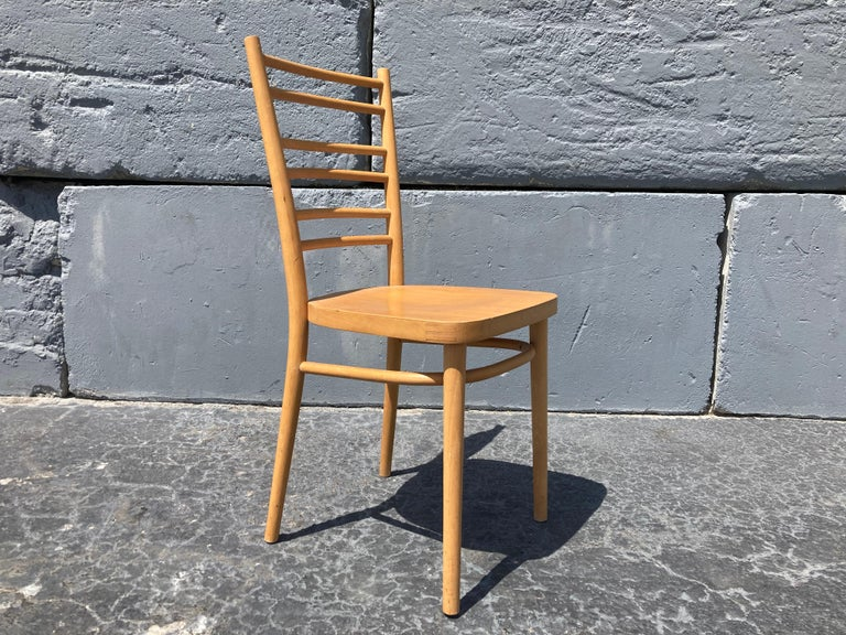 Beautiful Bentwood Dining Chairs, in the Style of Thonet In Good Condition For Sale In Opa Locka, FL