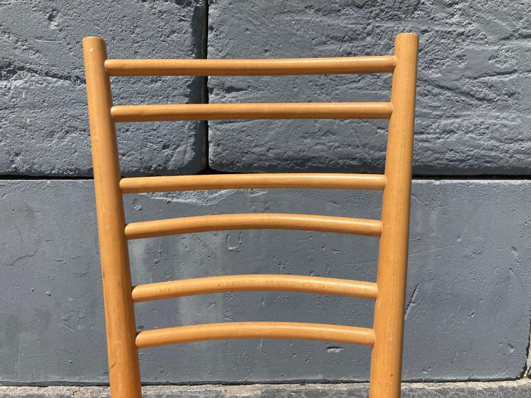 Late 20th Century Beautiful Bentwood Dining Chairs, in the Style of Thonet For Sale