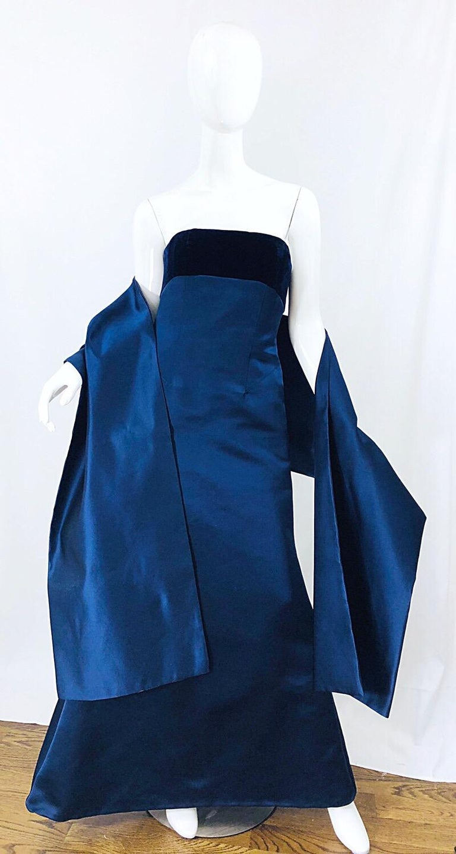 Beautiful Bill Blass Vintage Sz 6 / 8 Navy Blue Silk Satin 90s Gown + Shawl  For Sale 6