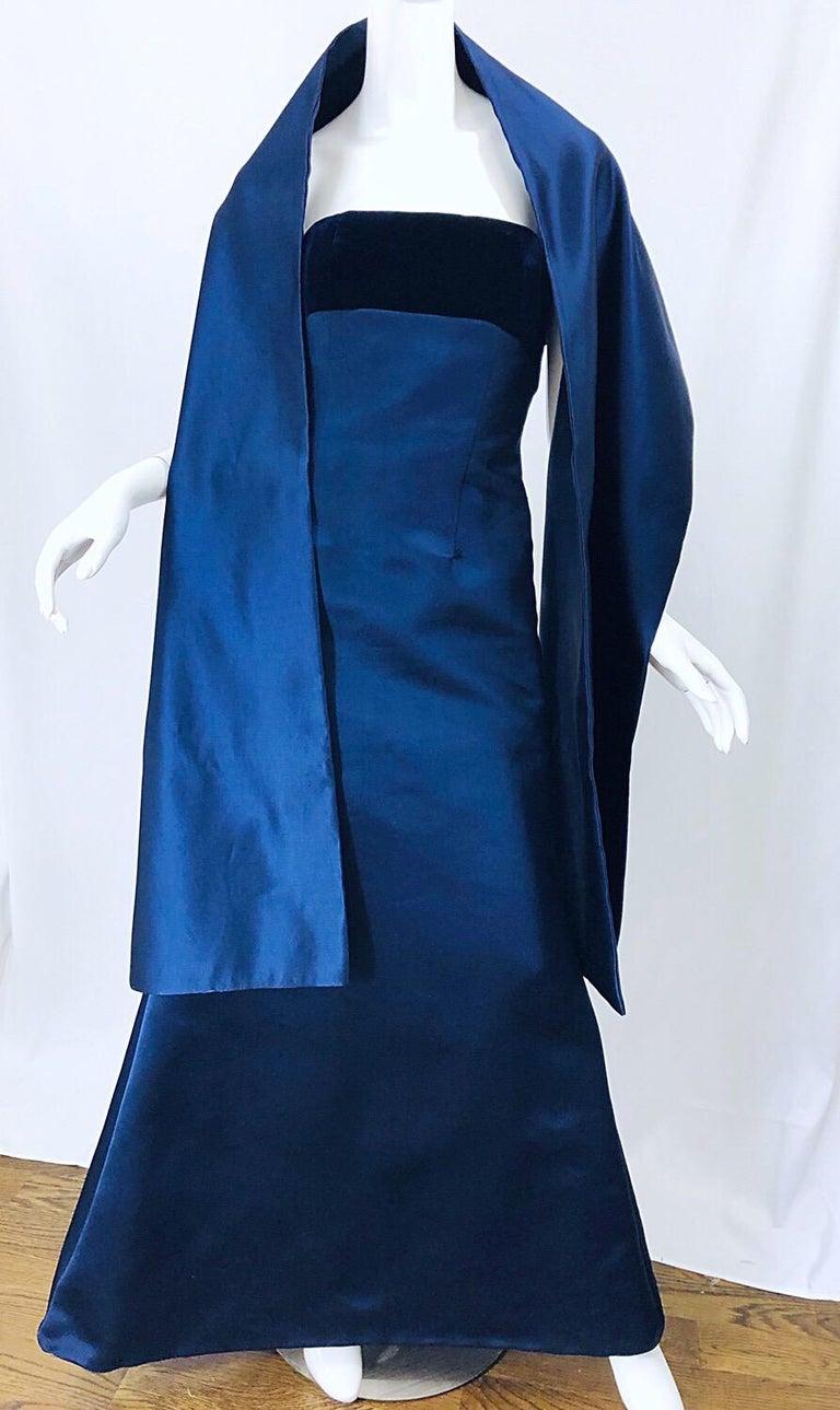 Beautiful Bill Blass Vintage Sz 6 / 8 Navy Blue Silk Satin 90s Gown + Shawl  For Sale 7