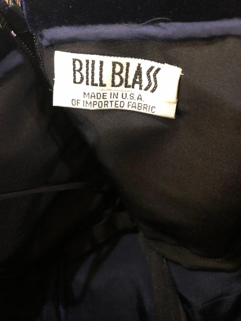 Beautiful Bill Blass Vintage Sz 6 / 8 Navy Blue Silk Satin 90s Gown + Shawl  For Sale 8