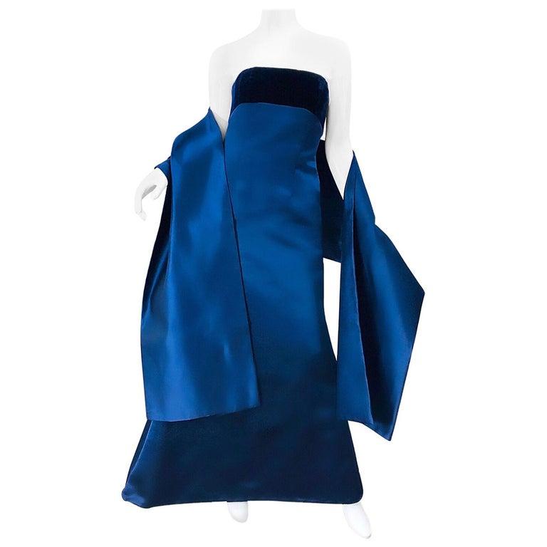 Beautiful Bill Blass Vintage Sz 6 / 8 Navy Blue Silk Satin 90s Gown + Shawl  For Sale