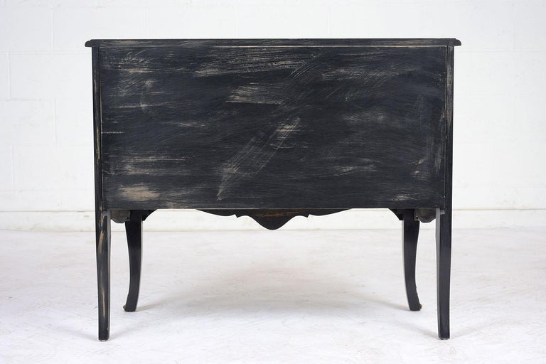 Beautiful Chinoiserie Style Chest of Drawers For Sale 5