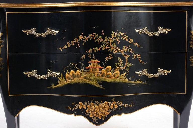 Unknown Beautiful Chinoiserie Style Chest of Drawers For Sale