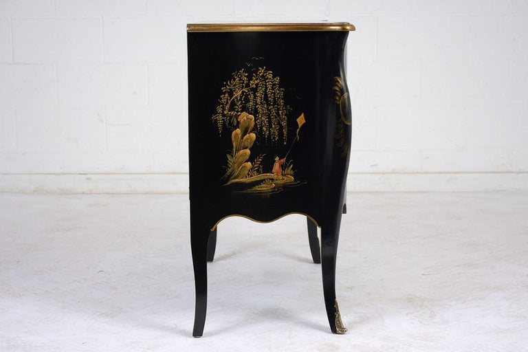 Late 20th Century Beautiful Chinoiserie Style Chest of Drawers For Sale