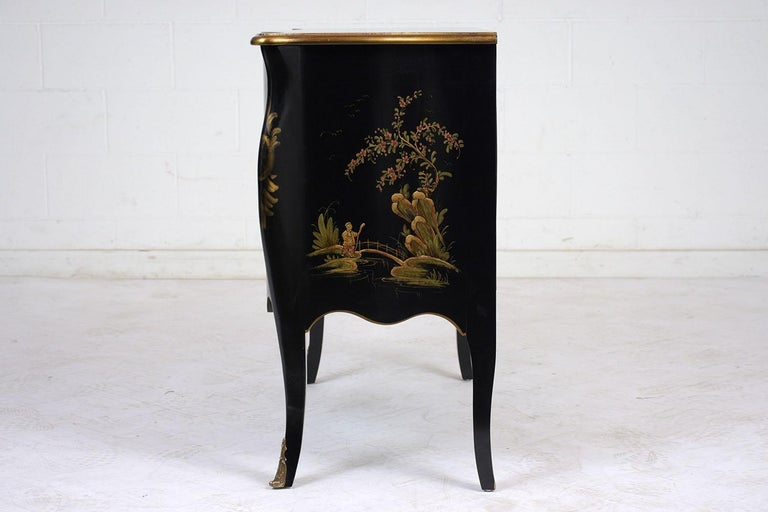 Brass Beautiful Chinoiserie Style Chest of Drawers For Sale