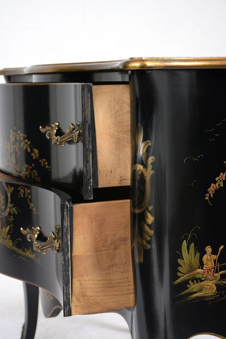 Beautiful Chinoiserie Style Chest of Drawers For Sale 1