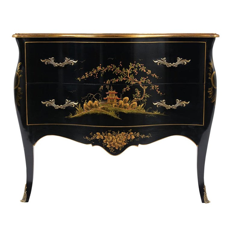 Beautiful Chinoiserie Style Chest of Drawers For Sale