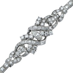 Beautiful circa 1970s Diamond Platinum Bracelet