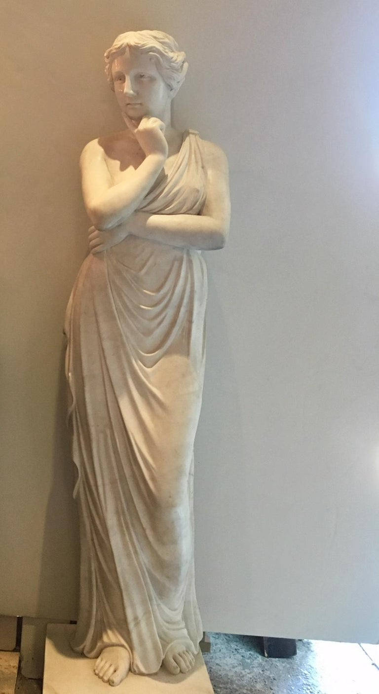 Classical Greek Beautiful Classical Hand-Carved Life-Sized Statue of Venus For Sale