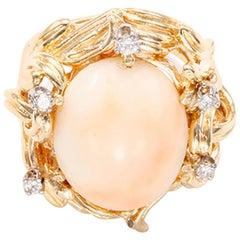 Beautiful Coral Diamond Yellow Gold Ring