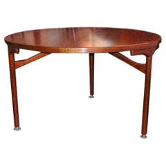 Beautiful Danish Modern Walnut Dining Table by Jens Risom, circa 1960s