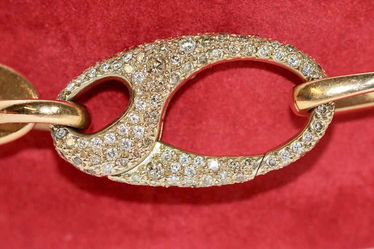 Beautiful Designer Chain Bracelet Made by Pomellato, 18 Karat Gold with Diamonds In Good Condition For Sale In Berlin, DE