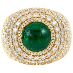 Beautiful Emerald Gold Cocktail Ring with Diamonds