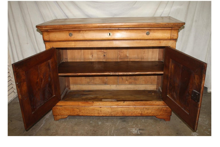 Beautiful French Louis-Philippe Buffet For Sale 2