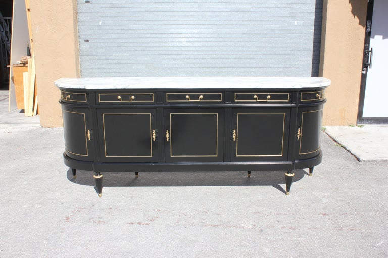 Beautiful Antique Sideboard or Buffet, circa 1910s For Sale 7